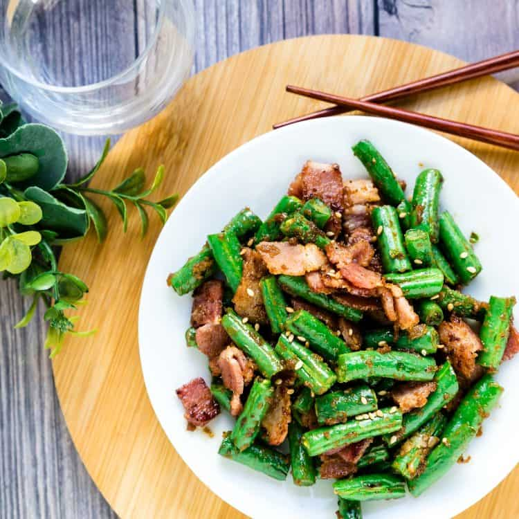 Bacon Garlic Green Beans Stir Fry LowCarbingAsian Cover