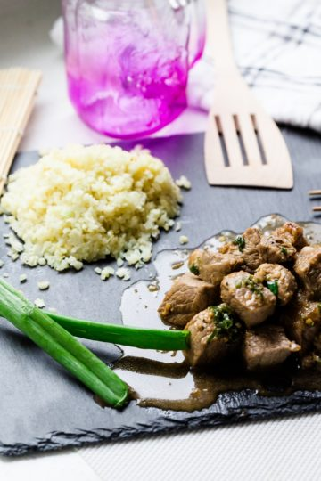 keto Garlic Steak Cubes w/Cauliflower Rice cover