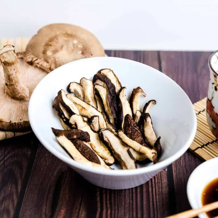 Japanese Shiitake Mushroom in Ginger Ponzu Sauce LowCarbingAsian Cover