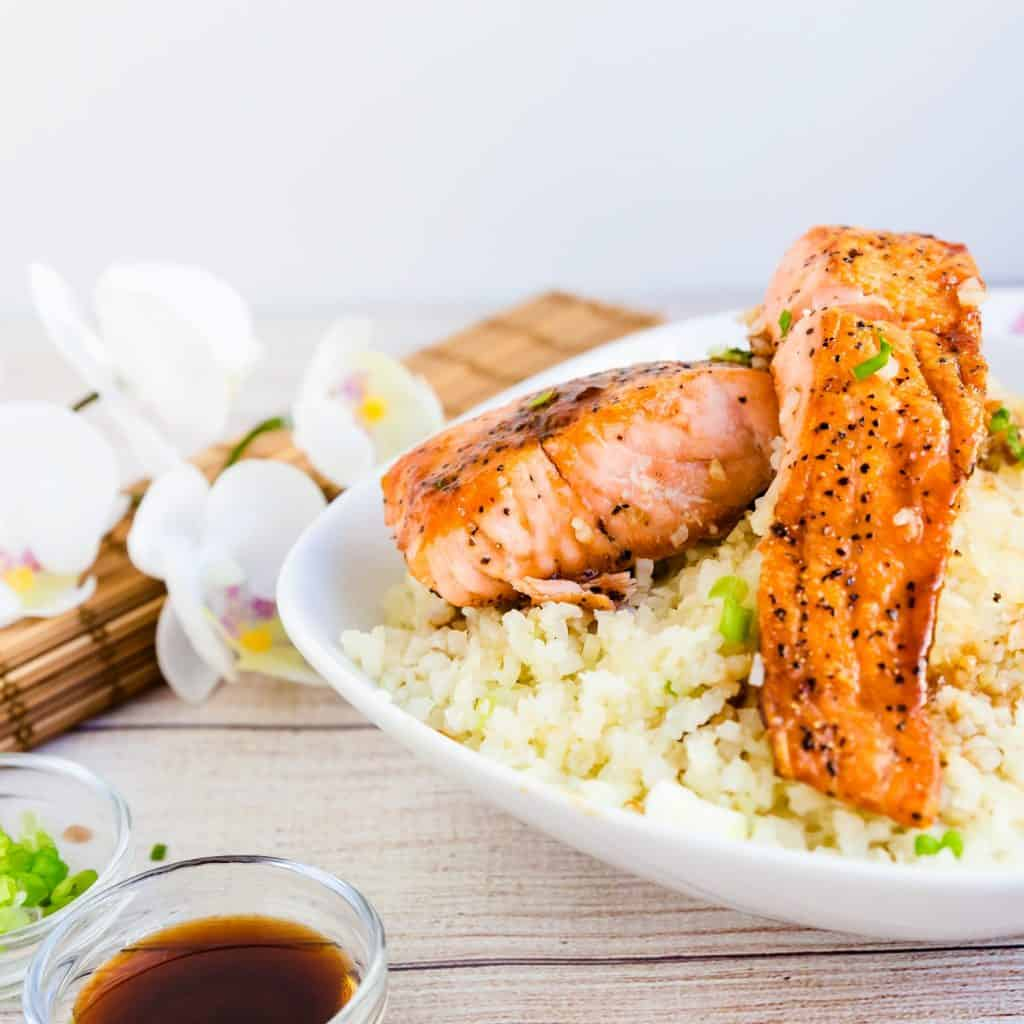 Keto Low Carb Teriyaki Salmon Bowl with Cauliflower Rice LowCarbingAsian Pic 2