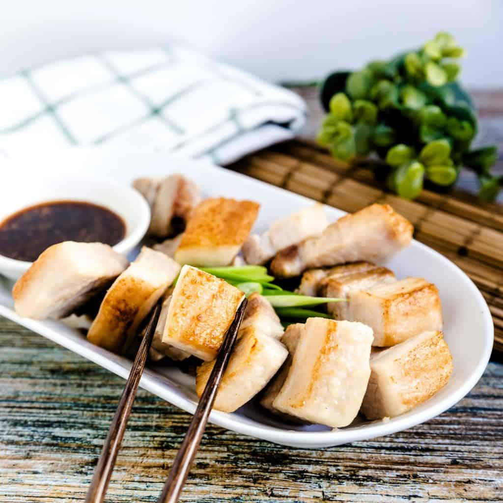 Taiwanese Crispy Pork Belly in Garlic Soy Sauce LowCarbingAsian Pic 1