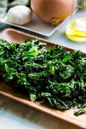 keto Salt n' Onion Garlic Kale Chips cover