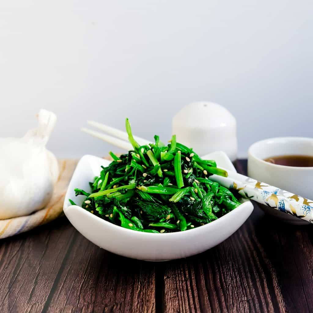 Korean Inspired Garlic Sesame Spinach Salad LowCarbingAsian Pic 1