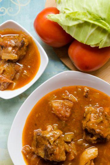 keto Asian Style Oxtail Borscht Soup cover