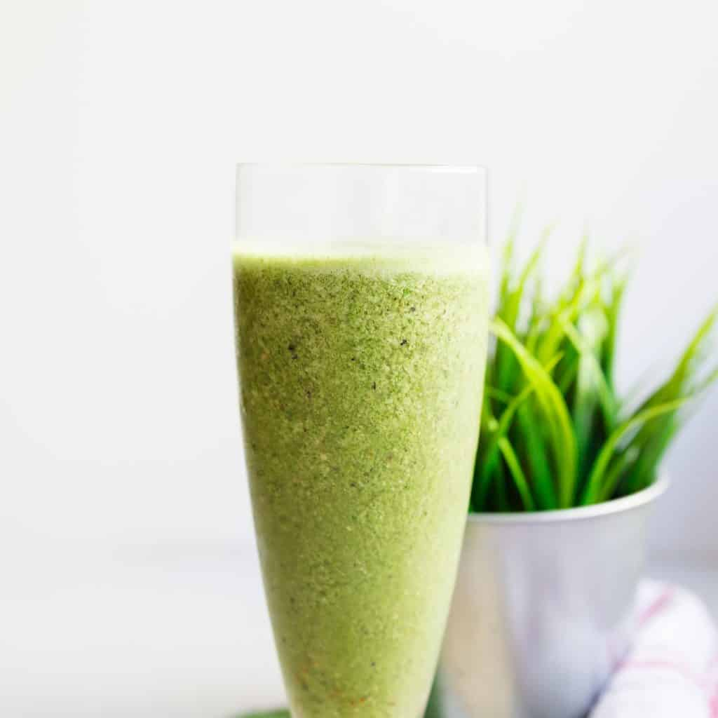 keto Matcha Green Energy Smoothie pic