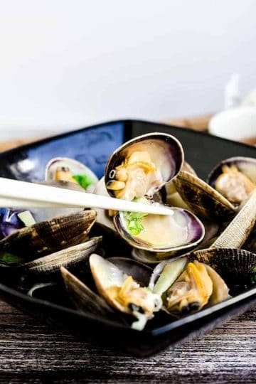 Japanese Style Steamed Clams LowCarbingAsian Cover