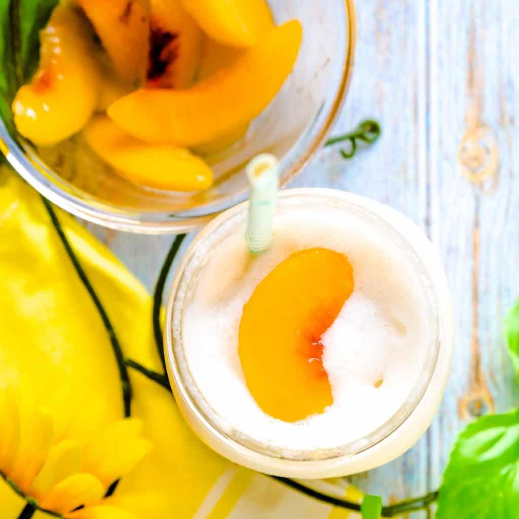 Peaches n' Cream Smoothie LowCarbingAsian Pic 1