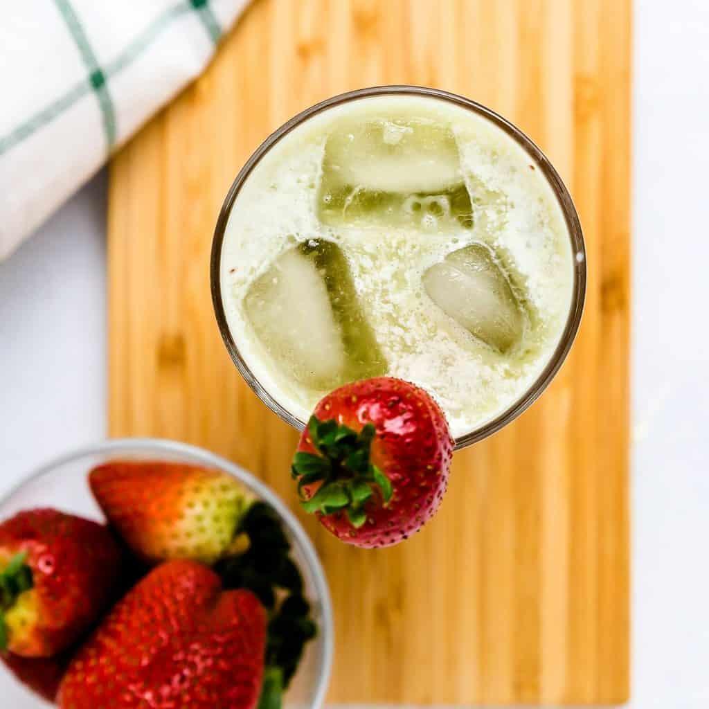 Strawberry Matcha Latte LowCarbingAsian Pic 1