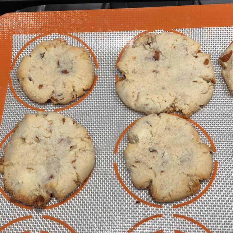 Glory - Keto Almond Cookies