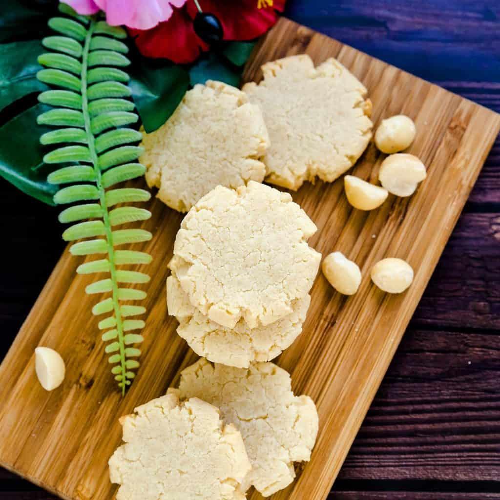 Keto Cream Cheese Vanilla Macadamia Nut Cookies LowCarbingAsian Pic 2