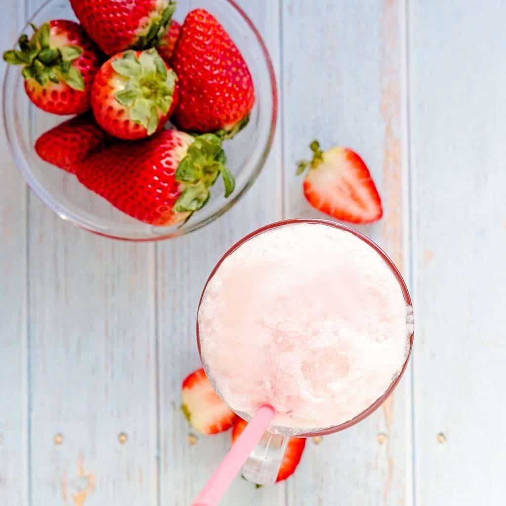 Keto Strawberry Cream Soda LowCarbingAsian Pic 1