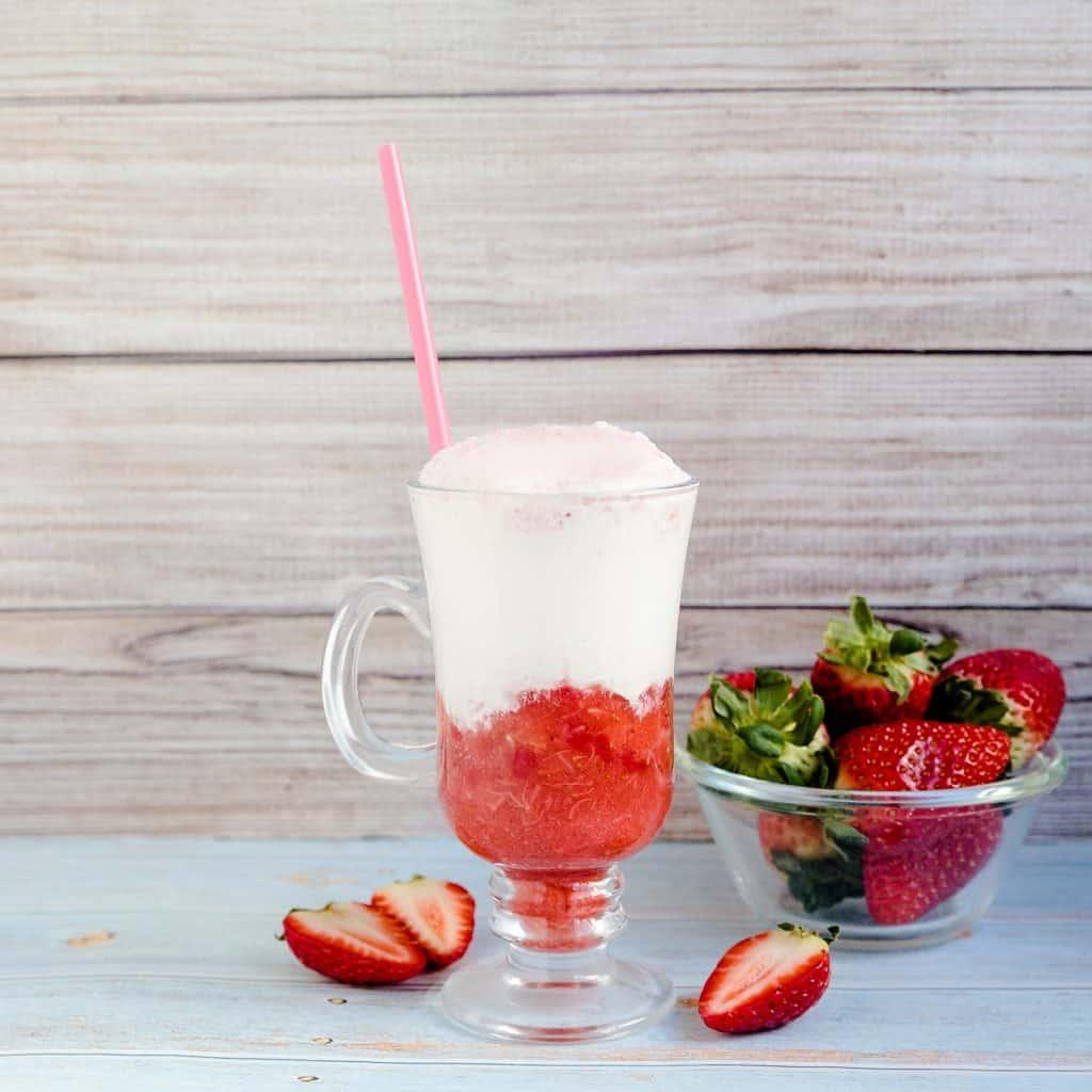 Keto Strawberry Cream Soda LowCarbingAsian Pic 2