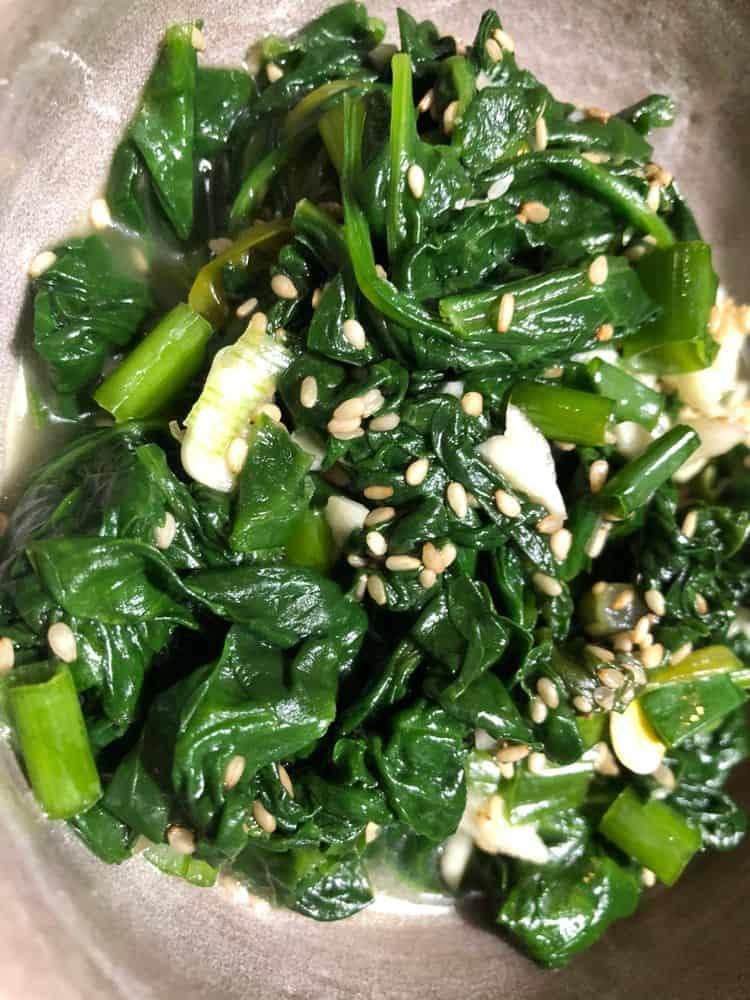 korean garlic spinach