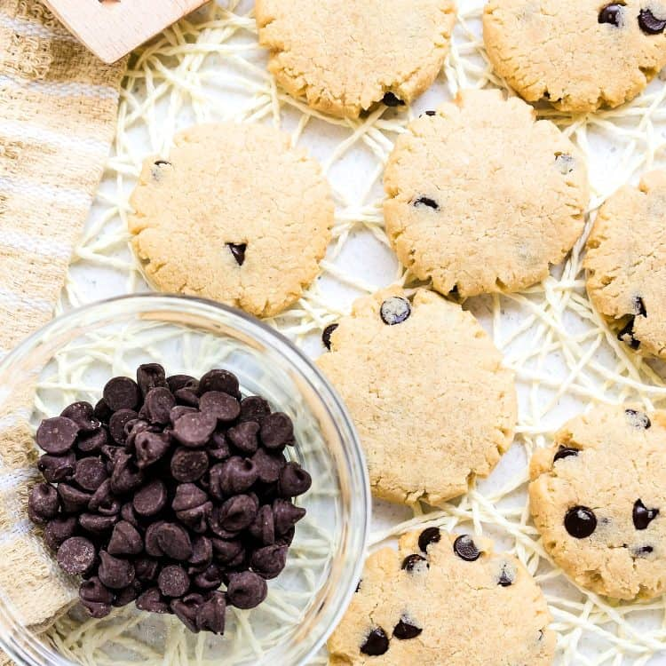 Keto Cream Cheese Chocolate Chip Cookies LowCarbingAsian Cover