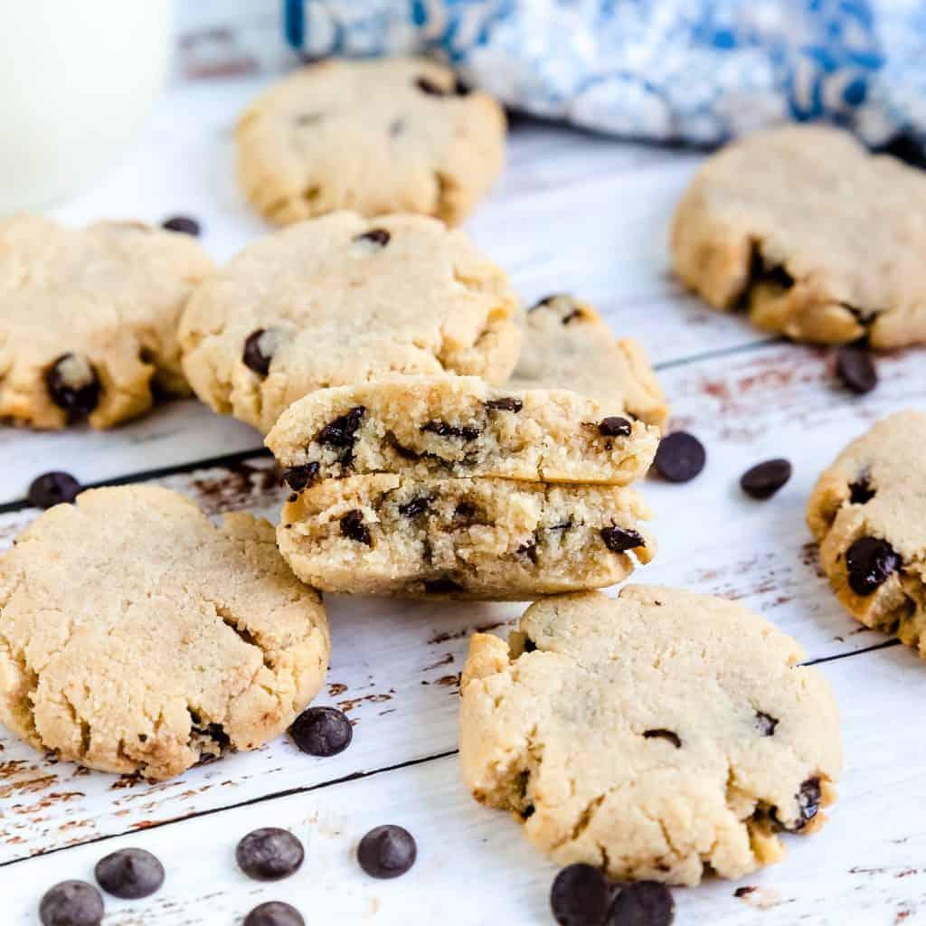 Keto Cream Cheese Chocolate Chip Cookies LowCarbingAsian Pic 2