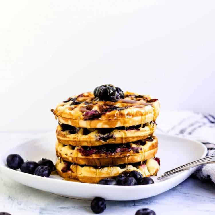 Blueberry Chaffle LowCarbingAsian Cover 2