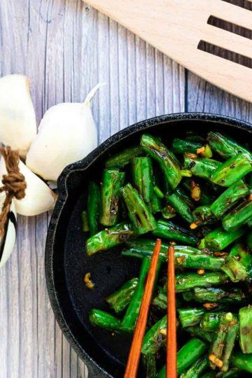Garlic Sesame Green Bean Stir Fry LowCarbingAsian Cover