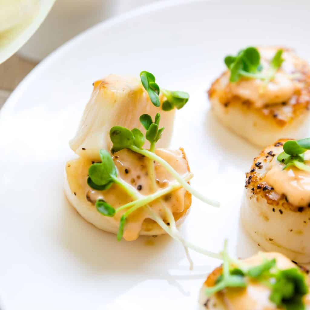 Seared Butter Scallops with Spicy Mayo LowCarbingAsian Pic 2