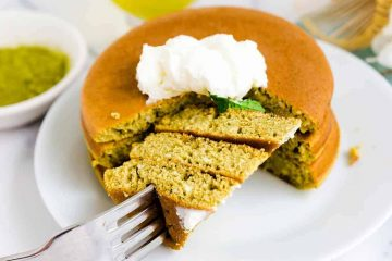 Keto Low Carb Matcha Pancakes
